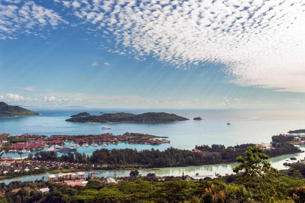 Yachting the Seychelles Islands: Hot Topics in Medical, Dental & Public Health Issues